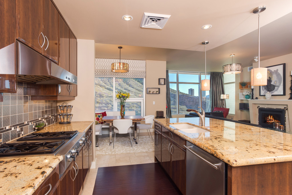Tempe_Luxury_Waterfront_Condo_03