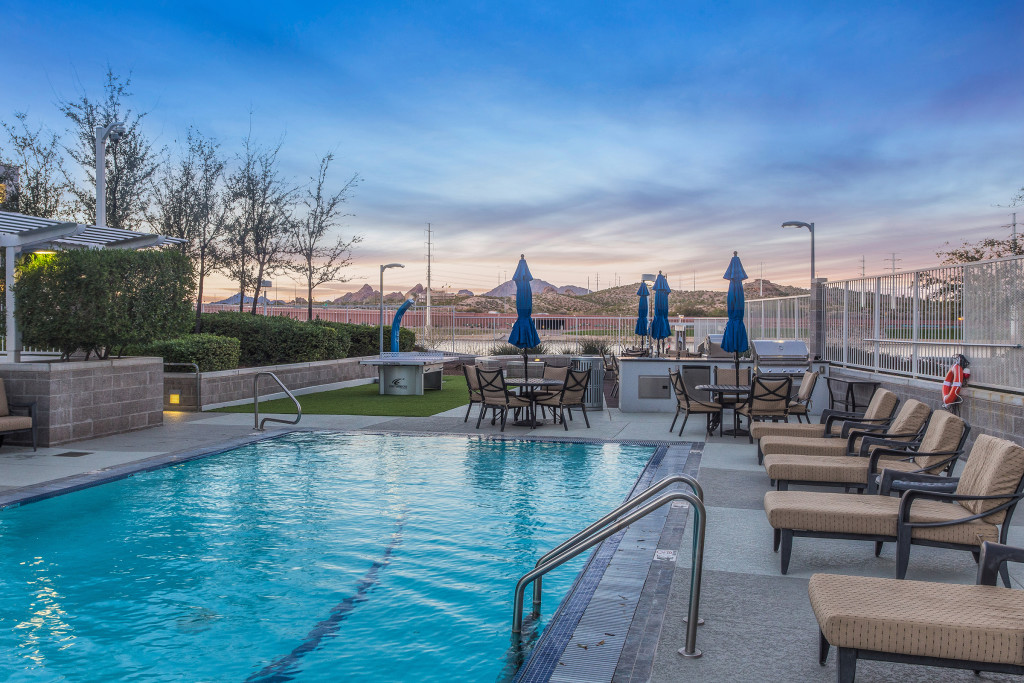 Tempe_Luxury_Waterfront_Condo_04