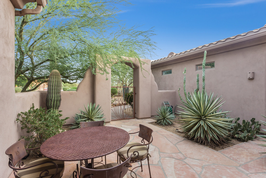 Cave_Creek_Luxury_Real_Estate_Photography_02